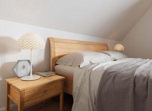 Holzbett mit Nachtkästchen sesam