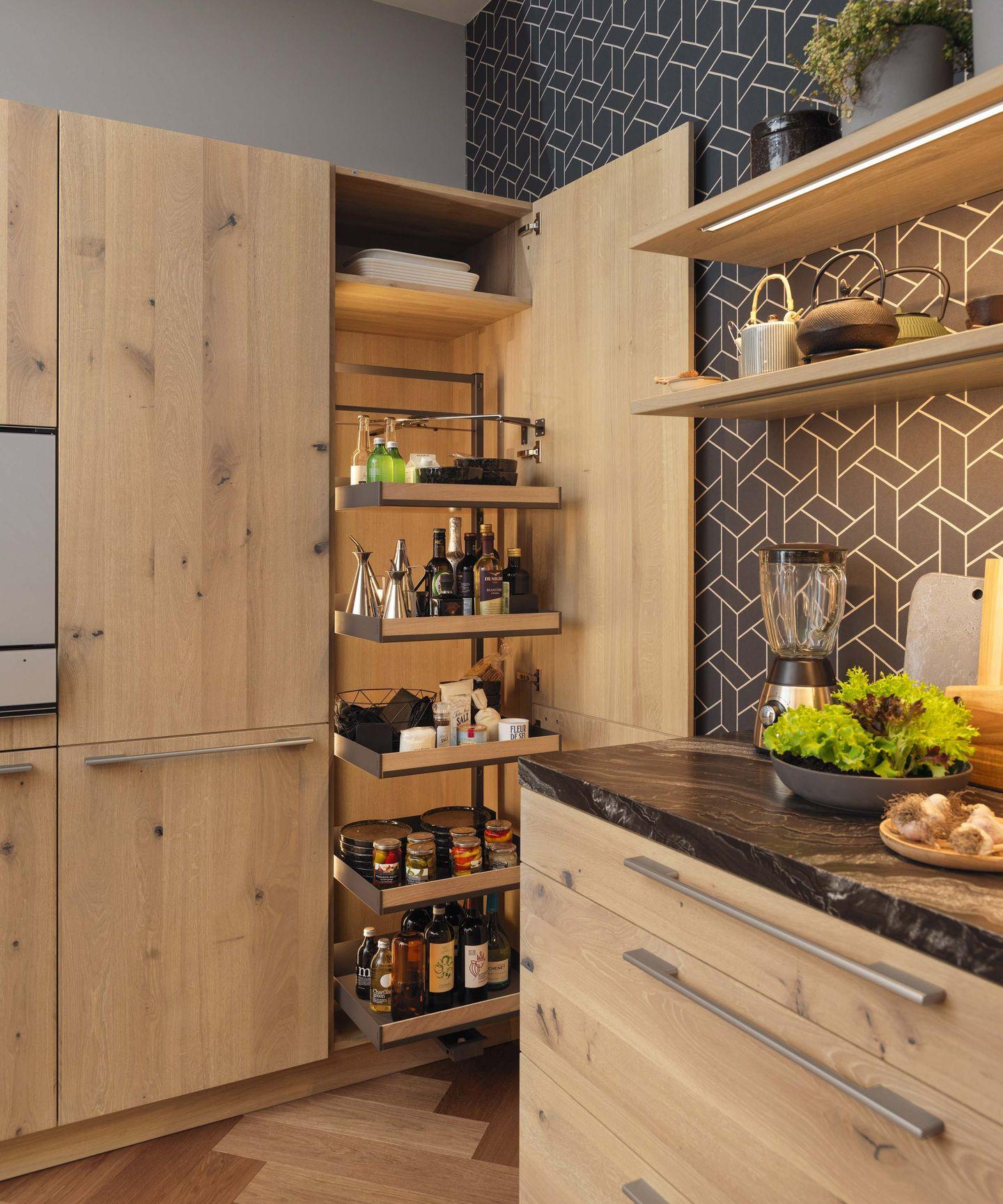 loft Küche Hochschrank mit Tandem-Solo-Auszug