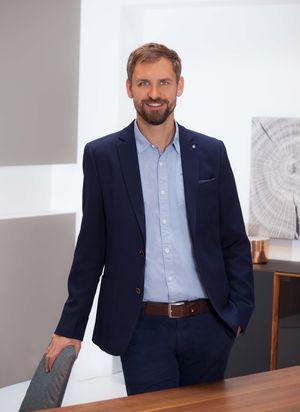 Storeleiter Bernhard Hellmair von TEAM 7 Wels