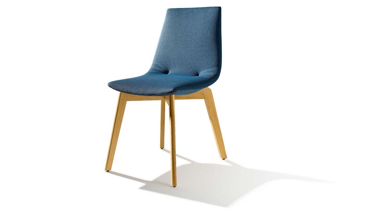 Sedia lui di TEAM 7 del designer Jacob Strobel