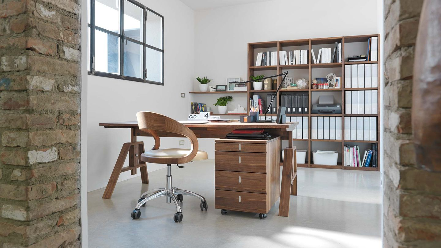 TEAM 7 atelier desk by designer Kai Stania
