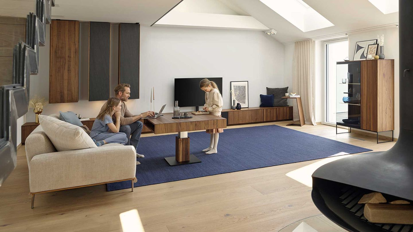 filigno wall unit and lift coffee table in walnut by TEAM 7