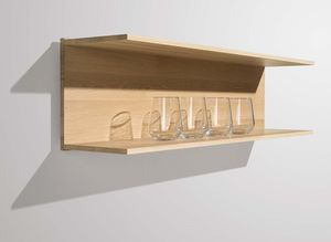 Strong C-shelves freely positionable made of solid wood