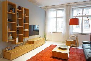 cubus Wohnwand mit lux Couchtisch in Eiche