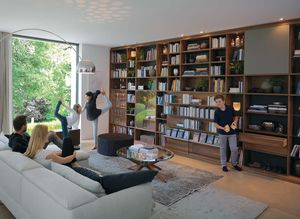 Bibliothek cubus aus Naturholz als Wohnwand
