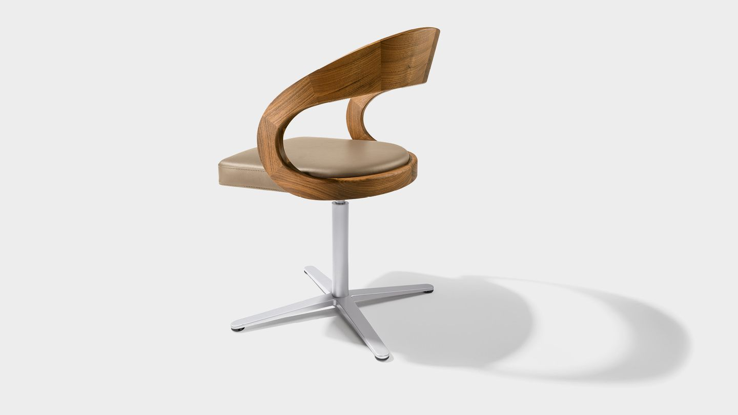girado swivel chair with star base