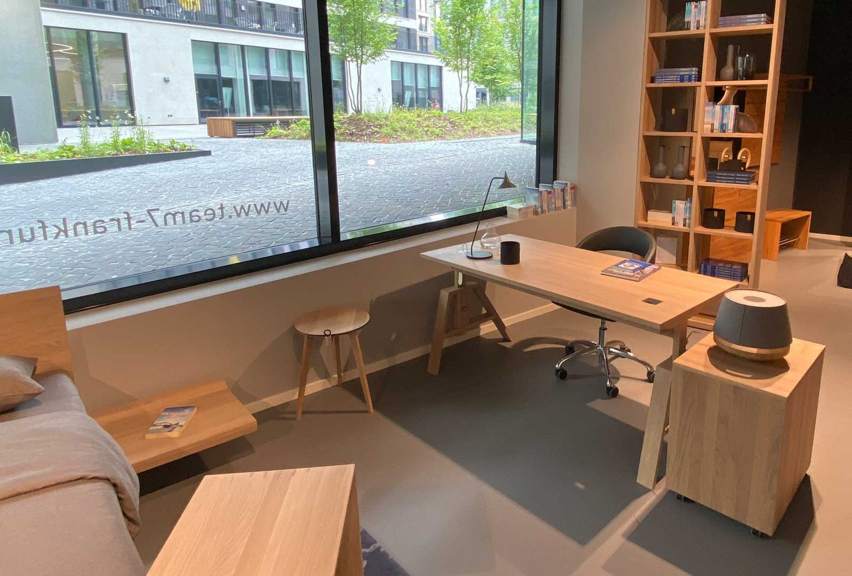 atelier Schreibtisch bei TEAM 7 Frankfurt.