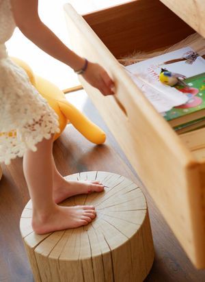 Kids' room furniture made of solid wood by TEAM 7