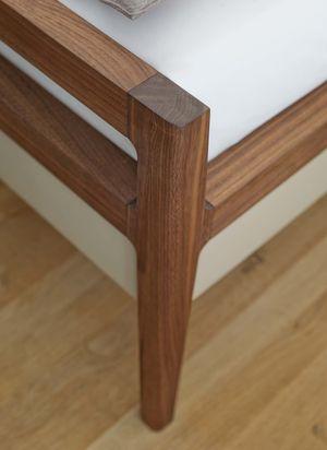 """Кровать """"mylon"""" с округлыми соединениями из натурального дерева"""