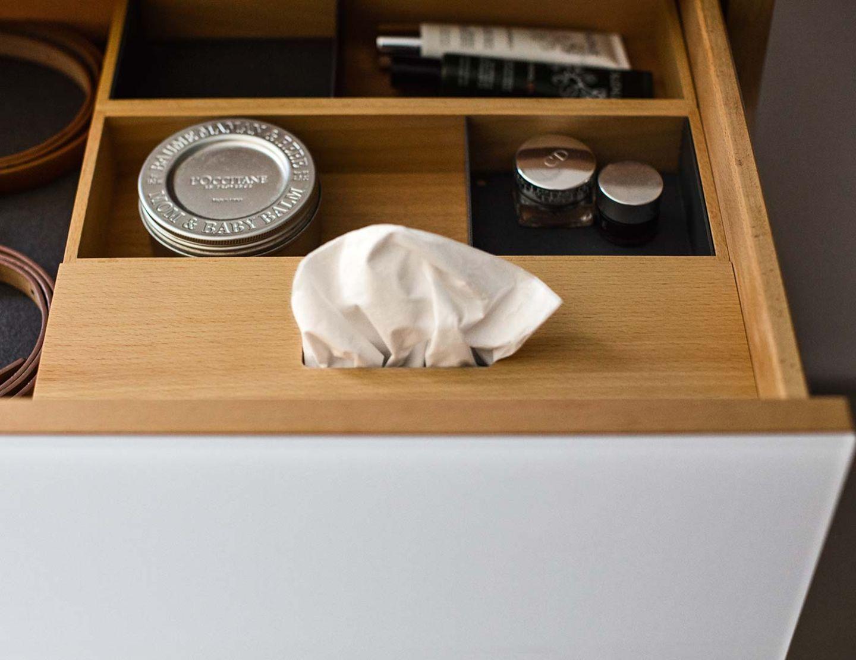 Meuble d'appoint lunetto avec séparation de tiroirs