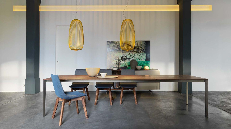 Tavolo tak di TEAM 7 del designer Jacob Strobel