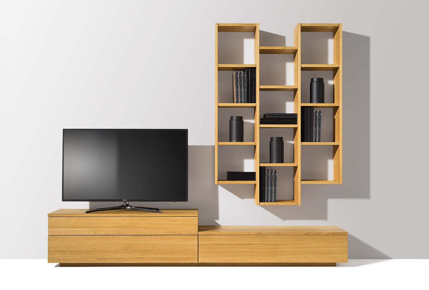 cubus wall unit in oak made of solid wood