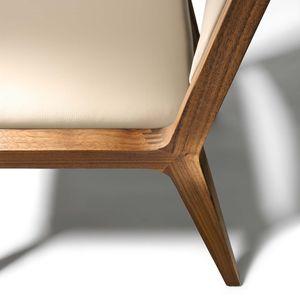 Chaise eviva en cuir et en bois naturel