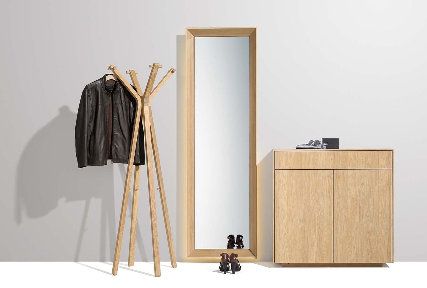 filigno entry hall with hood clothes rack in oak white oil