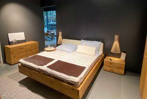 nox Bett und Beimöbel bei TEAM 7 Frankfurt.
