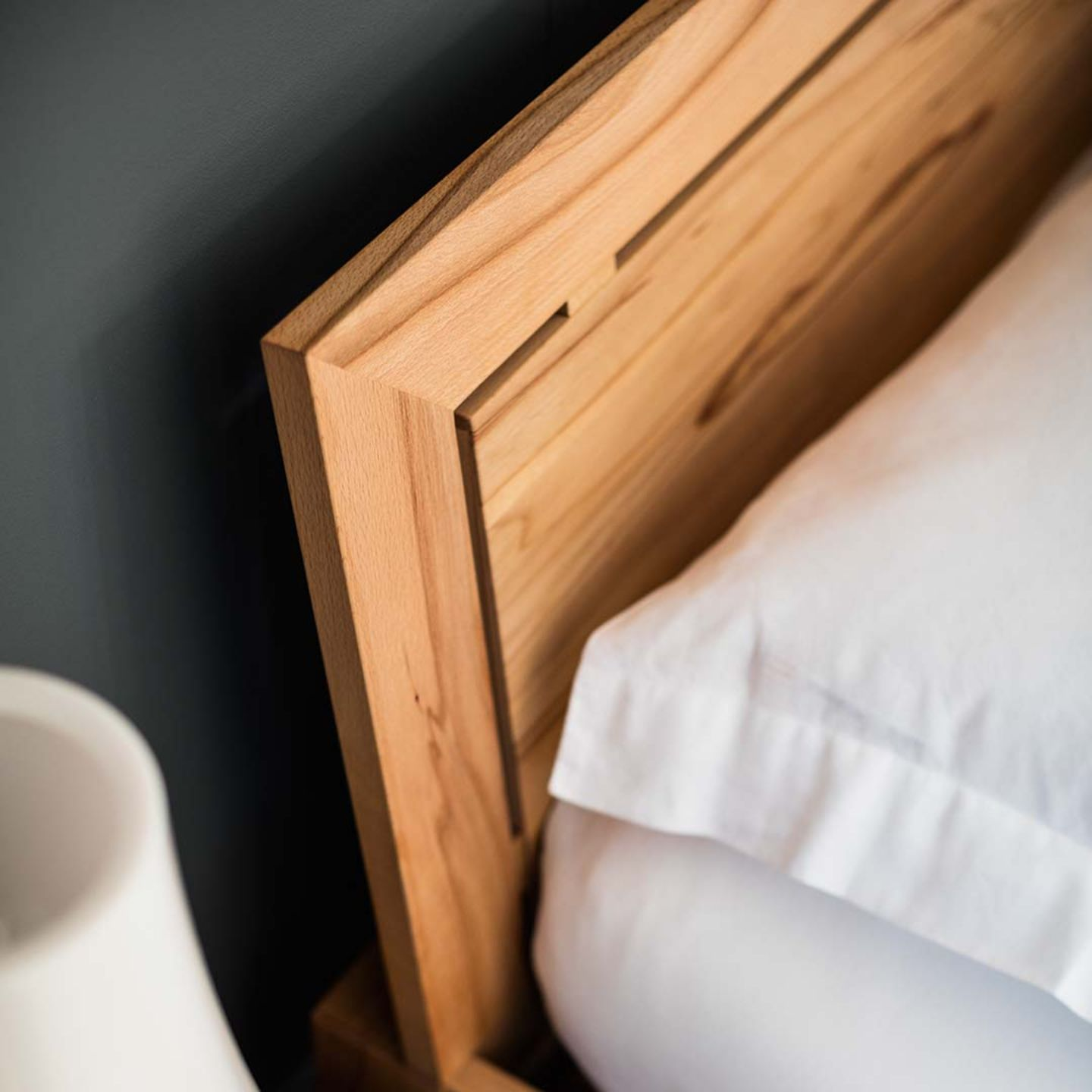 lunetto wood bed with headboard