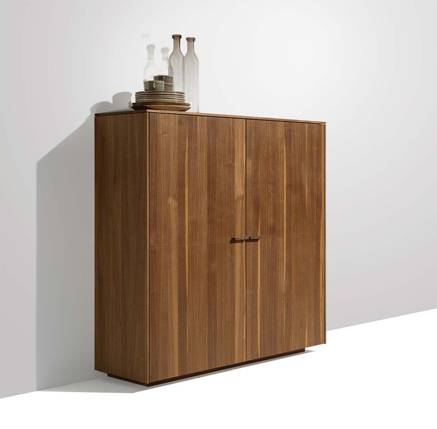 highboard filigno with wooden handles in walnut