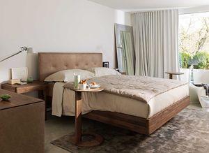 float Bett mit loup Beistelltisch und riletto Beimöbel
