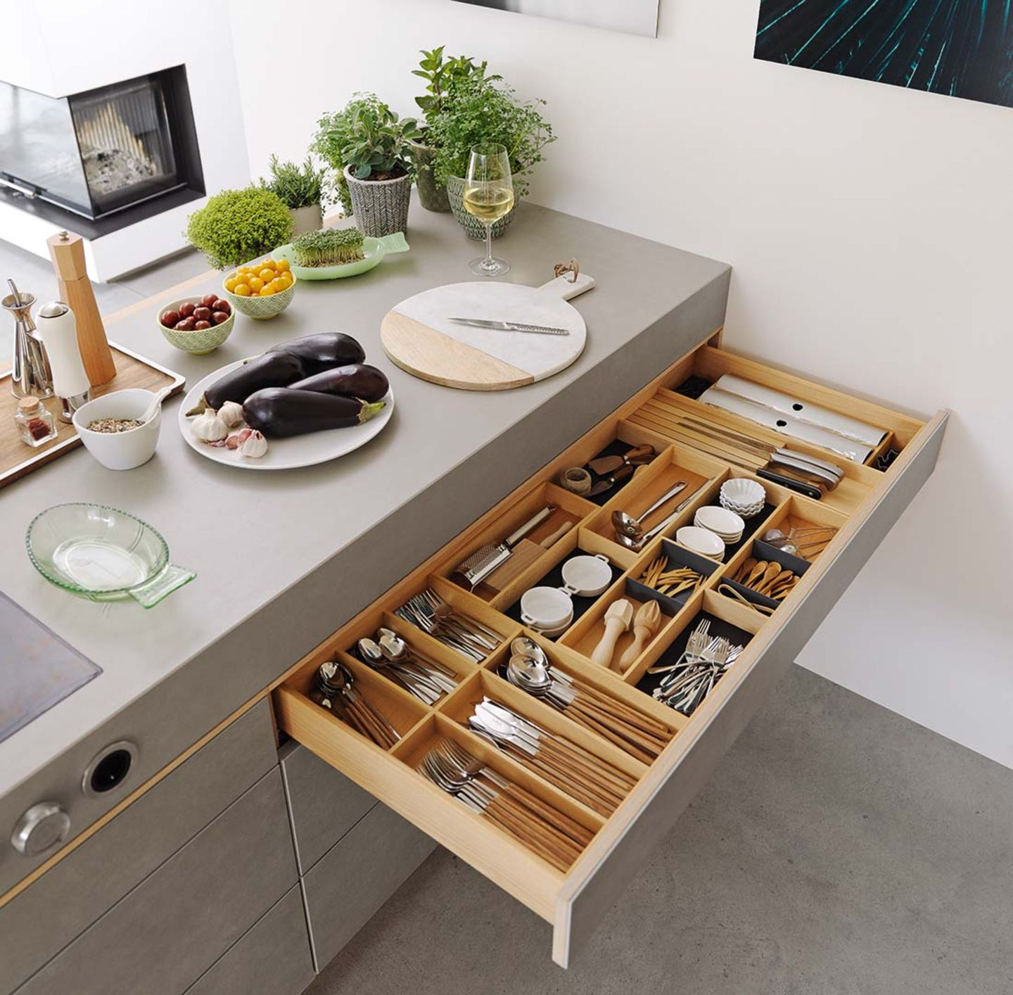 Solid wood filigno kitchen with practical interior layout of the drawers