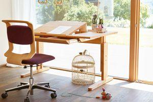 Schreibtisch für Kinder mobile aus Naturholz