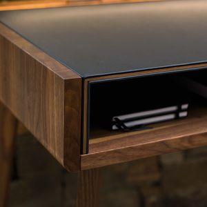 Schreibtisch sol mit Hirnholzkanten der Holzschale