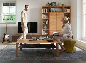 Paroi murale cubus en bois clair avec table de salon cubus