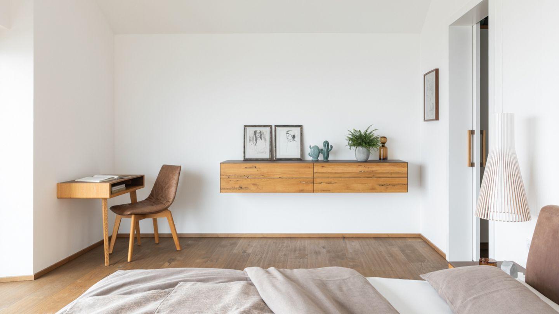 TEAM 7 meubles en bois naturel dans une maison privée