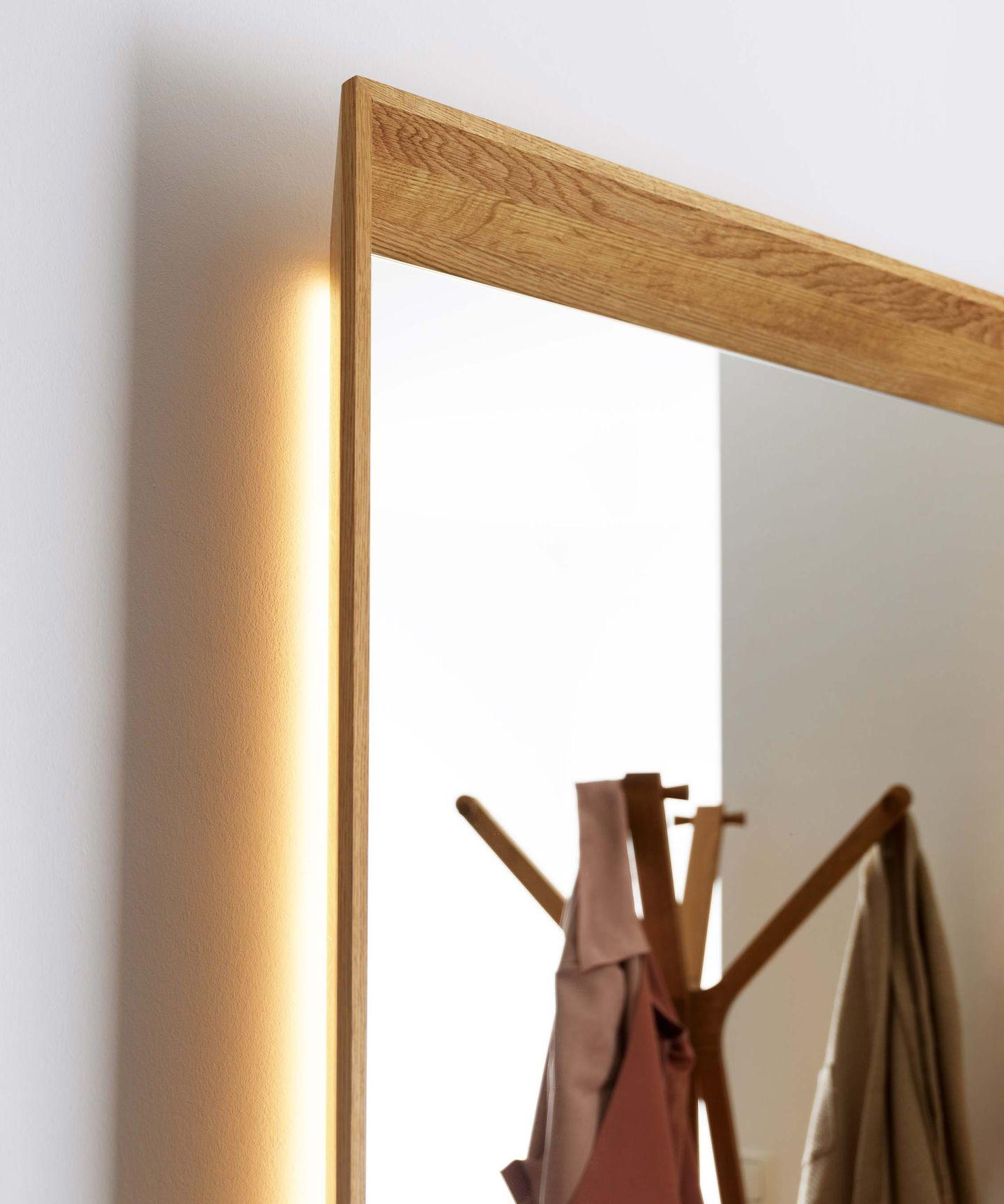haiku mirror panel in oak with lighting