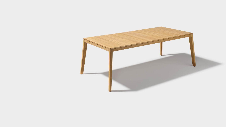 Table de salle à manger design mylon en chêne