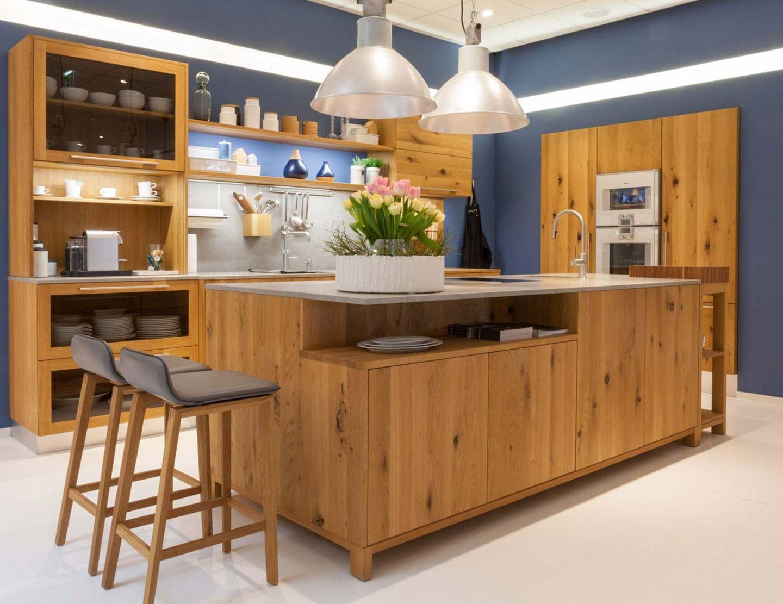 loft solid wood kitchen in wild oak at TEAM 7 Wels