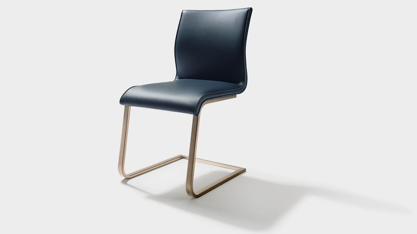 magnum cantilever chair with bronze matt base