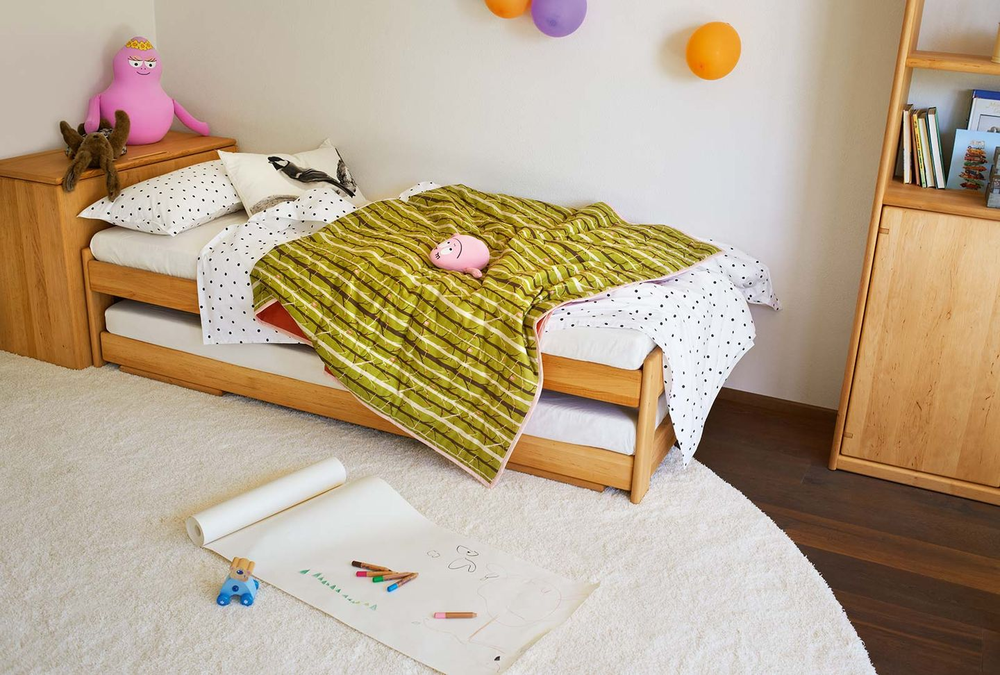 Youth bed mobile made of solid wood