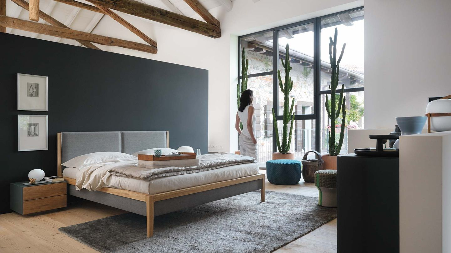 TEAM 7 mylon bed by designer Jacob Strobel