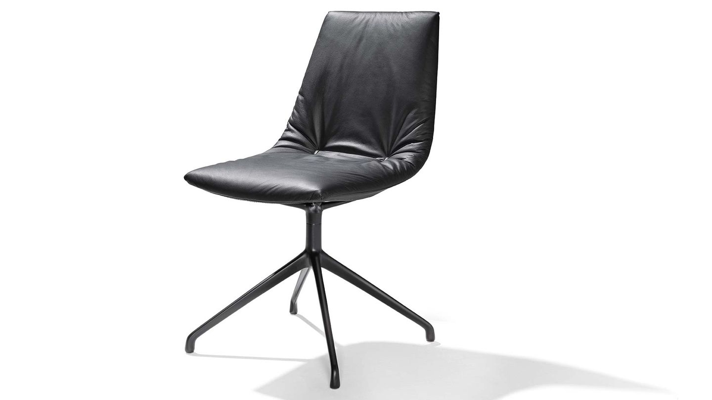lui chair base black matt leather