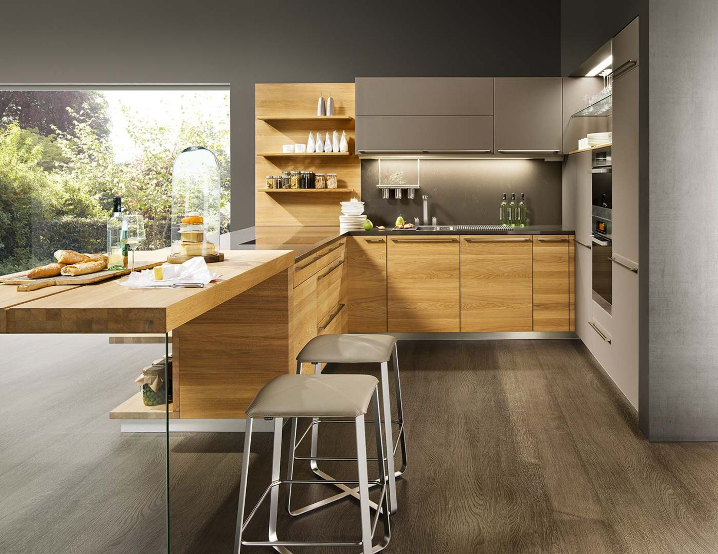 linee kitchen of solid wood with lux bar stool