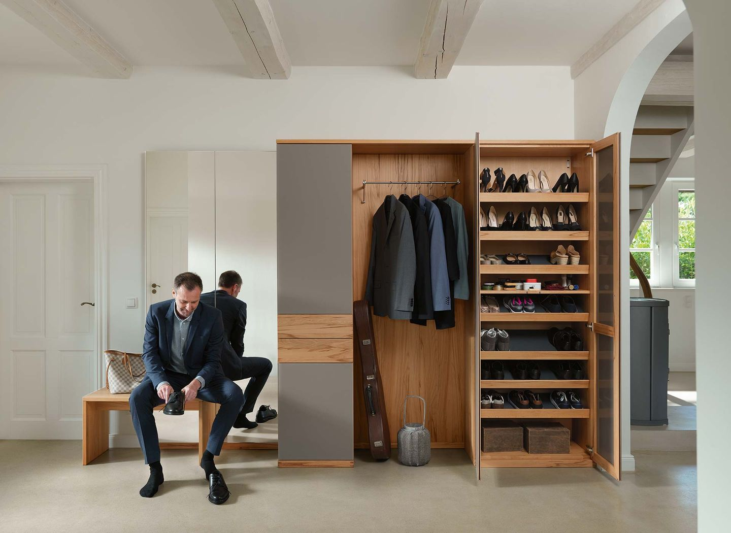 cubus coat cabinet with shoe rack