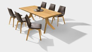 yps dining table in oak with lui chairs