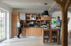 Landhausküche rondo in Massivholz von TEAM 7