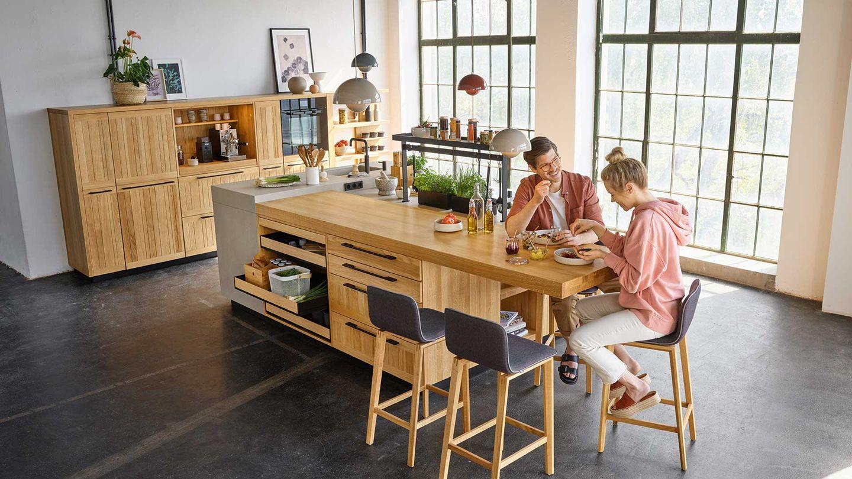 integrierter Essbereich in der echt.zeit Küche