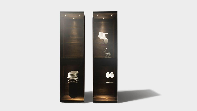 Vitrine nox aus Naturholz in Palladiumglas mit verschiedenen Breiten