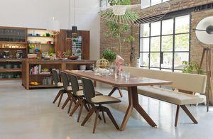 Esszimmerbank yps aus Naturholz mit yps Tisch und aye Stühlen